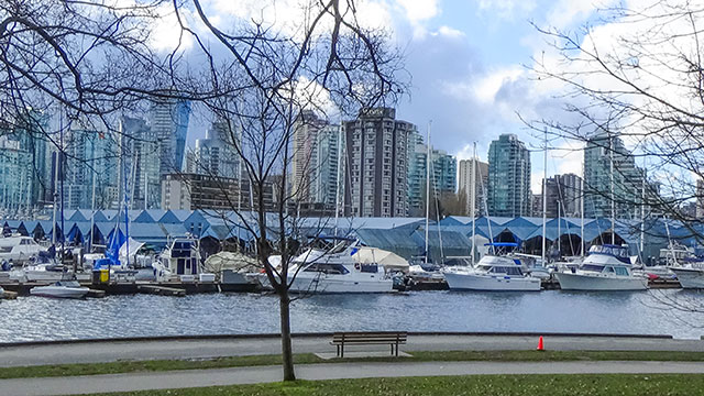 Stanley Park Seawall and Downtown Vancouver